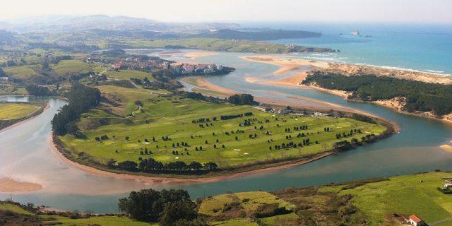 Campo de Golf Abra del Pas.